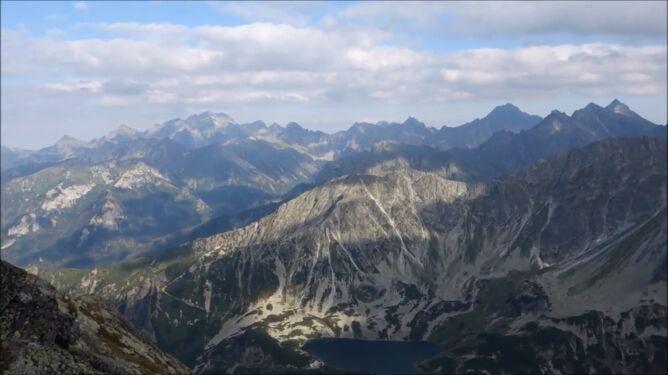 Rekord w Tatrach. Ponad 1 mln 200 tys. turystów w wakacje