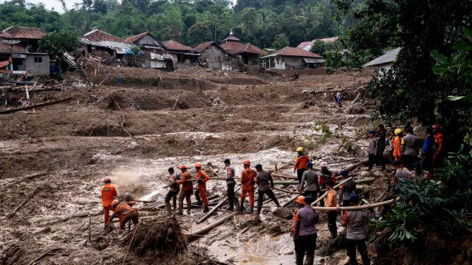 Do 60 wzrósł bilans ofiar śmiertelnych w Indonezji